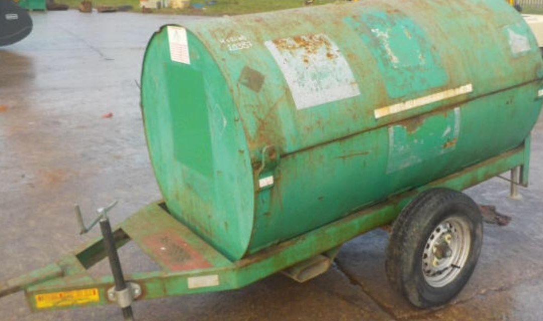 970 LTR SITE Fuel Bowser
