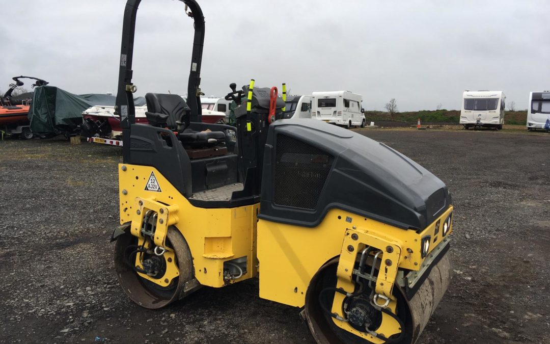 2014 Bomag BW120-AD-5 Roller , Only 600 Hrs