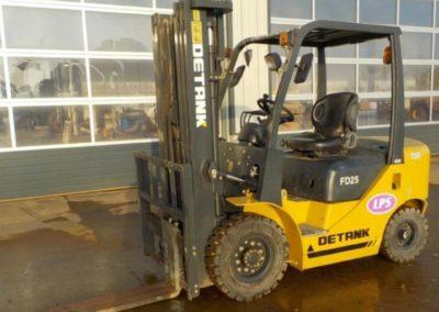 2014 Detank 2.5 Ton Forklift , Only 900 hrs