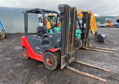2012 Linde HT25DS Diesel Forklift  3 stage Mast  3600 hrs  Nice tidy truck