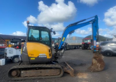 Volvo ECR50D ,2017 WITH 1300 HRS